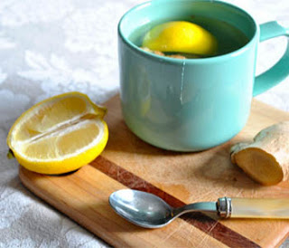 This Lemon Ginger Tea DIY Recipe Will Detox And Transform Your Life