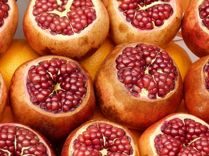 By-Products From Pomegranates, Walnuts and Strawberries Prevent Aging