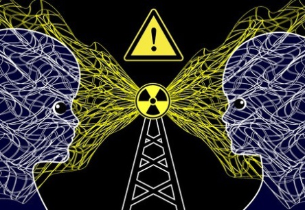 7 Ways EMF Technology Seriously Threatens Entire Populations